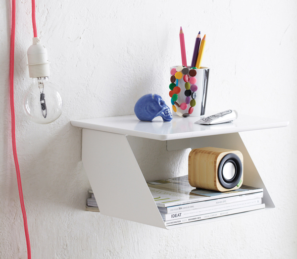 Bell July A Desk