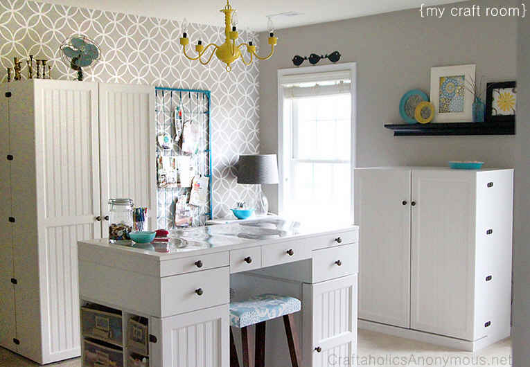 Craftaholics-Anonymous-craft-room