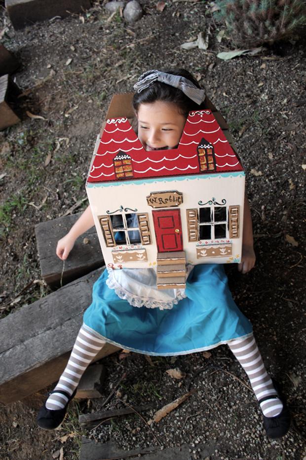 alice_in_wonderland_costume
